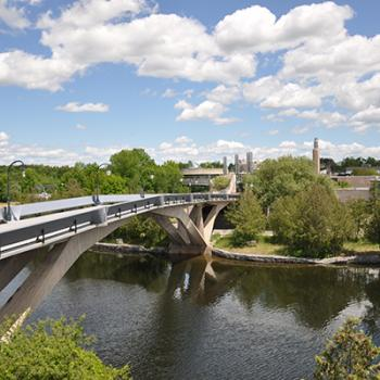 Faryon bridge across the Otonabee